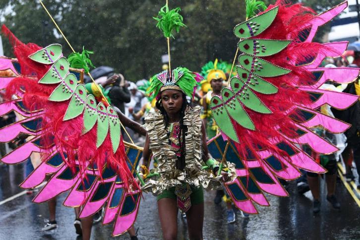 Первый день карнавала в Ноттинг-Хилле прошел под проливным дождем
