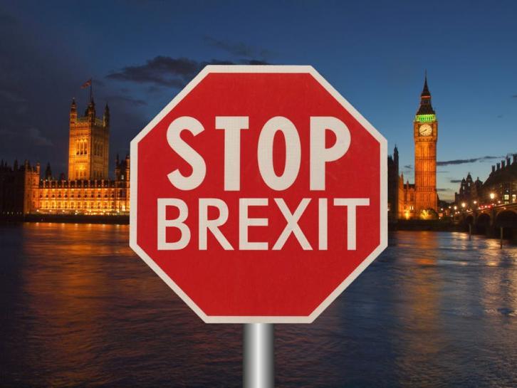 Петиция с требованием отмены Брекзита стремительно набирает голоса