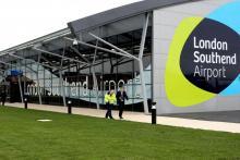 Аэропорт Southend сделал уникальное предложение рассерженным пассажирам фото:standard.co.uk