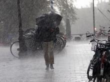 Именной шторм Элеанор угрожает Британии ураганным ветром и наводнениями