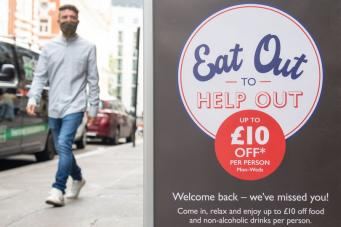 реклама Eat Out to Help Out