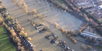 Темза затопила несколько графств в Великобритании
