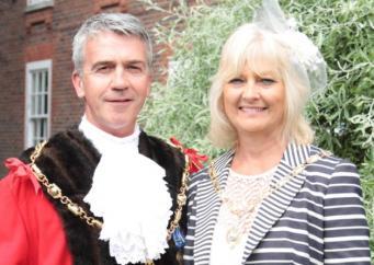Мэр Госпорта с женой