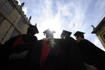 В Великобритании обнаружено 50 тысяч студентов-нелегалов