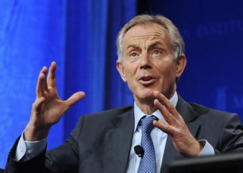 Блэр призывает Запад сотрудничать с Россией
