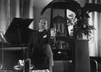 Скрипку Муссолини выставили в Лондоне на торги