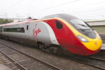 поезд компании Virgin