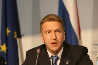 Шувалов: Россия не будет вводить санкции против Запада