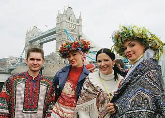 «Известия»: Минкультуры все-таки потратит миллион на Масленицу в Лондоне