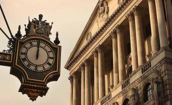Банк Англии сохранил ставку рефинансирования на уровне 0,5%