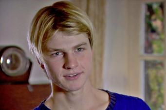 Британский подросток попал в больницу из-за поисков идеального селфи