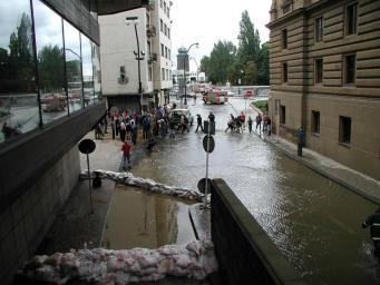 В Великобритании под землю уходят дома и дороги