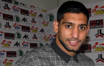 Двукратный чемпион мира по боксу Амир Хан
