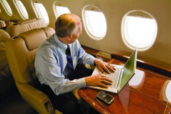 Великобритания повысит налог на бизнес-авиацию