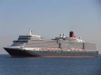 Круизный лайнер Queen Elizabeth
