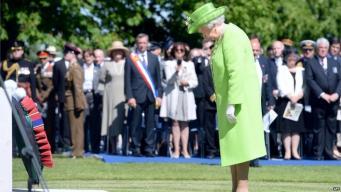 Королева Елизавета в Байё