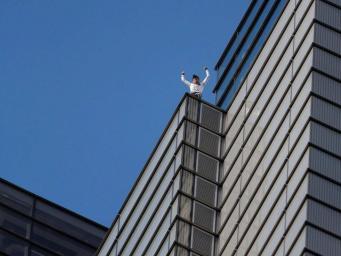 Алан Роберт на крыше Heron Tower