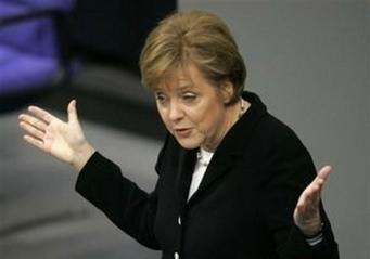 Партия Меркель лидирует в Германии на выборах в Европарламент