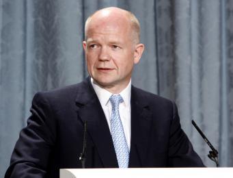 Великобритания угрожает России новыми санкциями из-за обострения ситуации на Украине