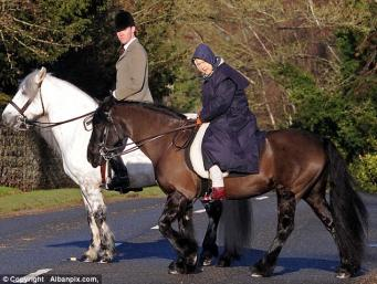 королева Елизавета и главный конюх королевских конюшен