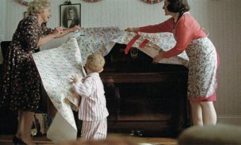 кадр из рекламы John Lewis