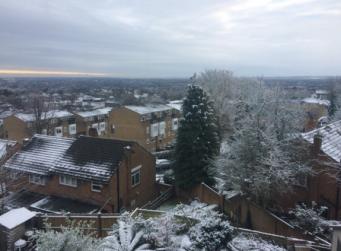 Снег выпал в Лондоне