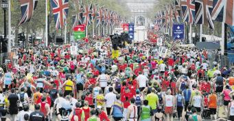 В Лондонском марафоне победили кенийцы