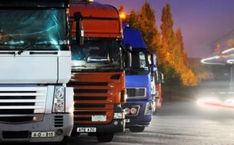 тяжелые грузовики и фуры