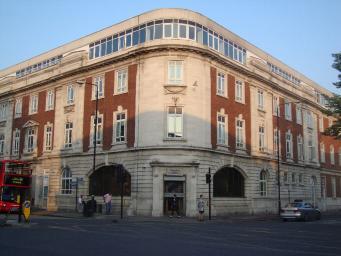многоквартирный дом премиум-класса в Лондоне