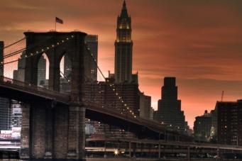 Бруклинский мост рухнул