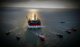 Китай продолжает добычу нефти на спорной с Вьетнамом территории