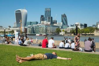 солнечный день в Лондоне