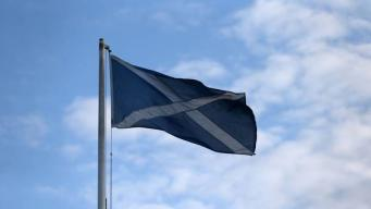 Салтир в небе Шотландии