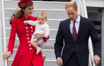 Принц Уильям с супругой и сыном