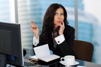 FT: 64% британок подвергаются издевательствам на работе
