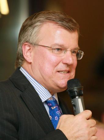 Посол Великобритании в Украине встретился с Олиферовым