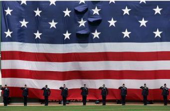 США: Жители отметили День независимости