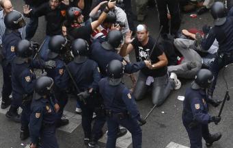В ходе столкновений в пригороде столицы Мексики ранены 140 человек