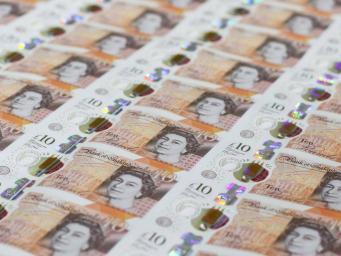 десятифунтовые банкноты