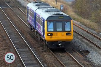 железнодорожное сообщение с Манчестером