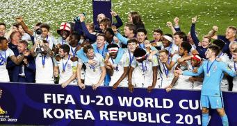 Молодежная сборная Англии