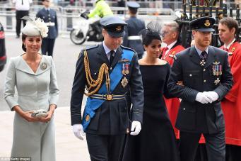 Королевская семья прибыла на празднование столетия британских ВВС
