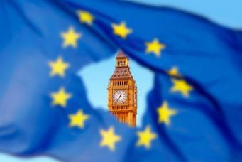 Британский эксперт призвал ЕС открыть свои двери для простых россиян