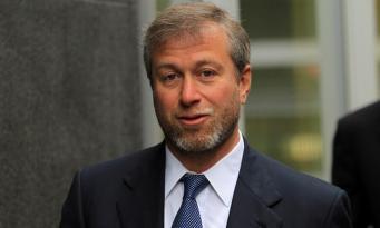 Абрамович не сможет вести бизнес в Великобритании по израильскому паспорту