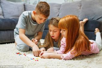 Старшие дети умнее своих младших братьев и сестер