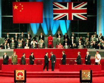 Борис Джонсон разозлил официальный Пекин заявлением по Гонконгу