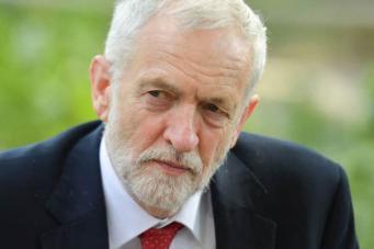 Джереми Корбин потребовал немедленного проведения досрочных парламентских выборов