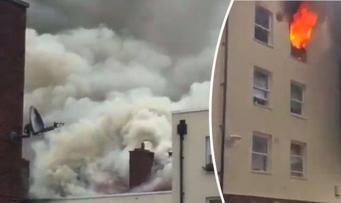 Жилой дом загорелся в восточном Лондоне