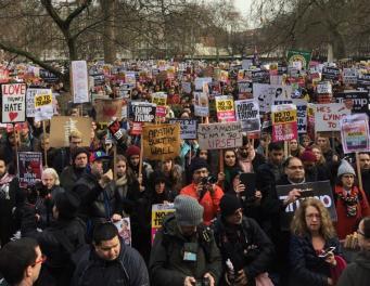 В Лондоне состоялась демонстрация против запрета въезда мусульман в США