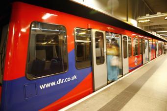 Как работает общественный транспорт в Лондоне в банковские выходные 26-28 мая